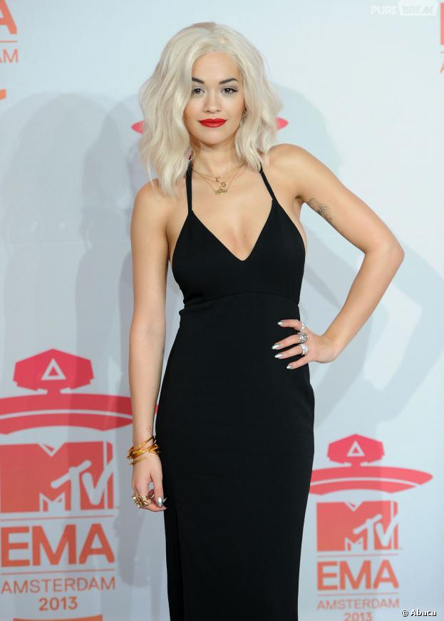 Rita Ora victime d'un malaise lors d'un photoshoot à Miami