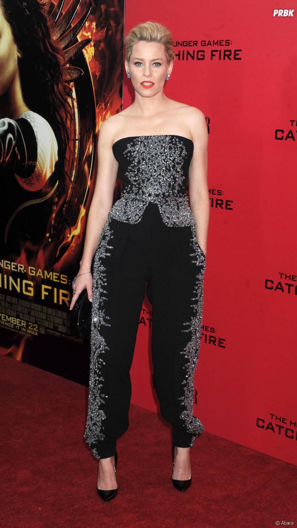 Elizabeth Banks à l'avant-première d'Hunger Games l'embrasement à New York le 20 novembre 2013