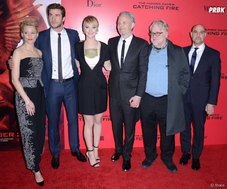 L'équipe d'Hunger Games à l'avant-première d'Hunger Games l'embrasement à New York le 20 novembre 2013