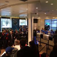 PS4 : file d'attente monstre pour les 800 consoles en vente à Paris