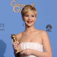 """Jennifer Lawrence : des """"vagins sous les aisselles"""" ? Son nouveau buzz lors des SAG Awards 2014"""