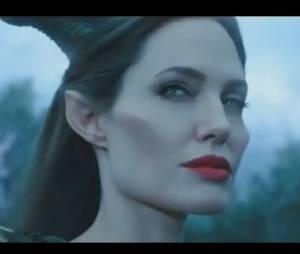 Maléfique : la bande-annonce avec Angelina Jolie