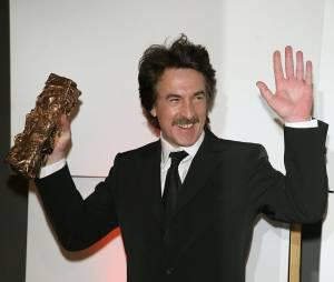 François Cluzet lors de sa victoire aux César en 2007 pour Ne le dis à personne