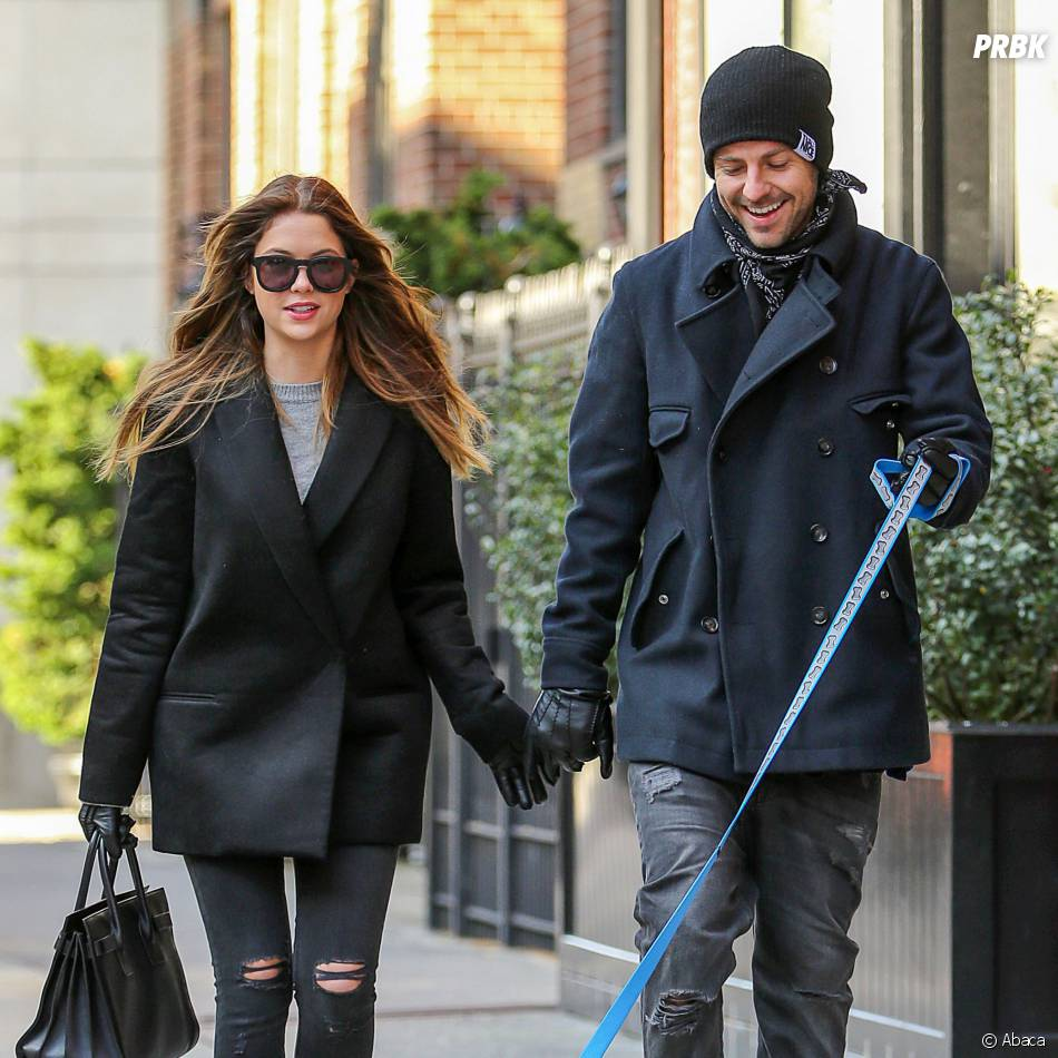 Ashley Benson et Ryan Good : balade en couple à New York, le 7 décembre 2013