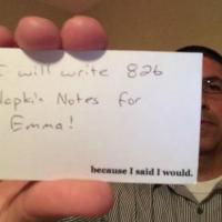 [PHOTOS] Mourant, un jeune papa écrit près de 800 notes pour rester connecté avec sa fille