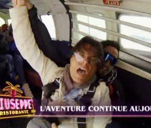Giuseppe Ristorante : Giuseppe mort de trouille lors d'un saut en parachute