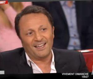 Arthur explique dans Vivement Dimanche sa participation à Supercondriaque, le nouveau film de Dany Boon