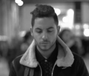 Alban Bartoli dévoile son nouveau clip : 'Une bouteille à la mer'