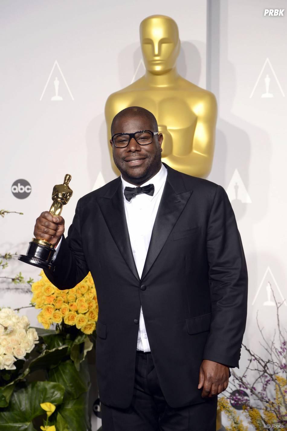 Steve McQueen et 12 Years a Slave gagnants aux Oscars 2014 le 2 mars à Los Angeles