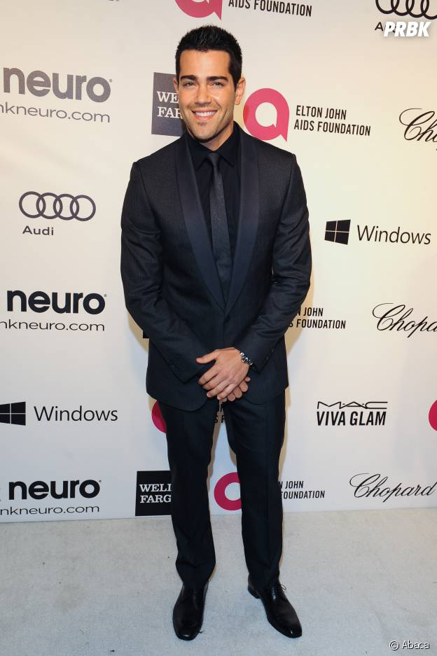 Jesse Metcalfe lors d'une soirée organisée par Elton John le 2 mars 2014