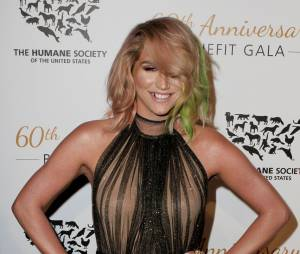 "Kesha pose au gala du 60ème anniversaire de l'association ""The Humane Society of the United States"", le 29 mars 2014"