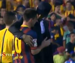 Cristiano Ronaldo a réconforté Lionel Messi après la défaite du Barça en finale de la Coupe du Roi