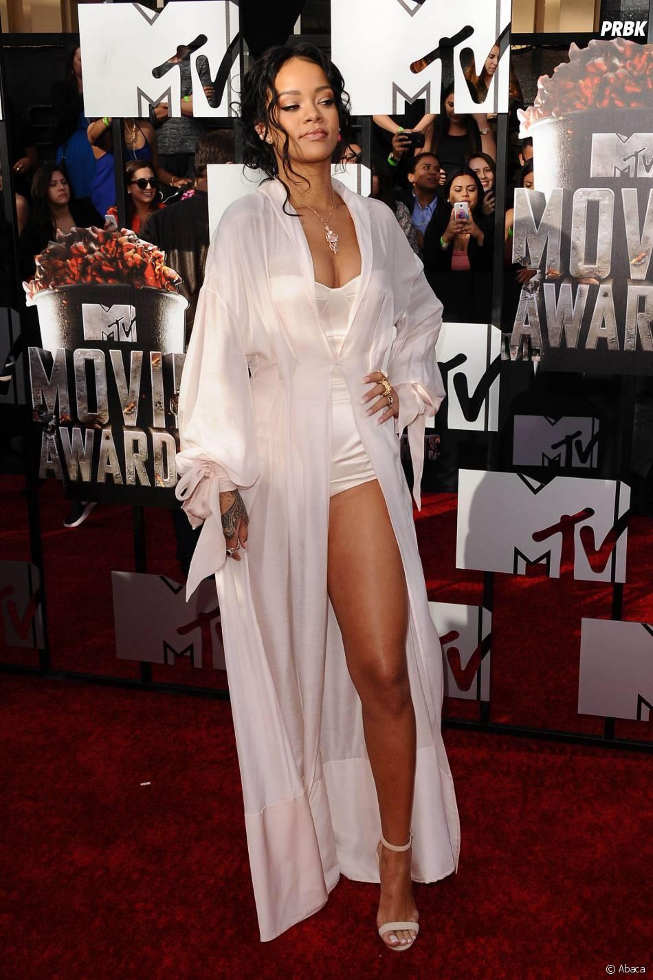Rihanna : ses images hot interdites pas Instagram