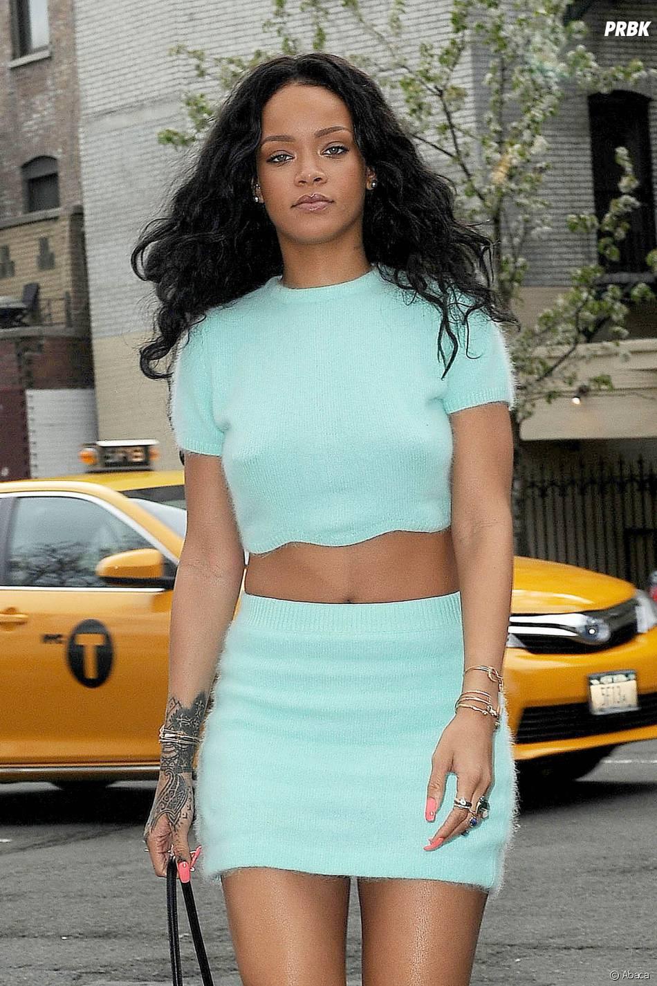 Rihanna : trop hot pour les réseaux sociaux ?