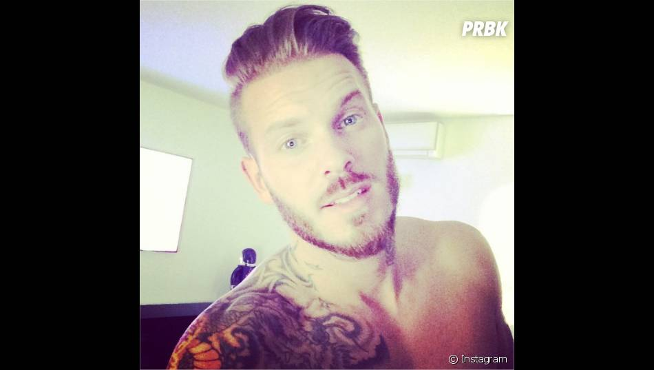 m pokora selfie sur instagram purebreak. Black Bedroom Furniture Sets. Home Design Ideas