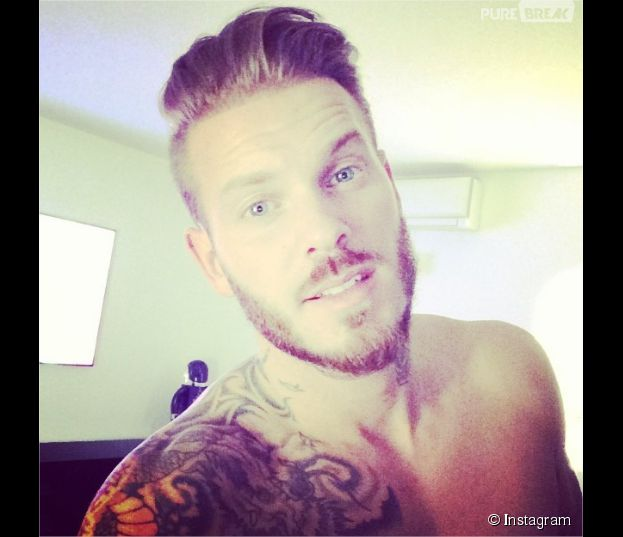 m pokora selfie sur instagram. Black Bedroom Furniture Sets. Home Design Ideas