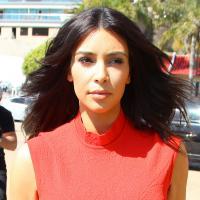 Kim Kardashian : un vent de Victoria Beckham pour sa robe de mariée ?