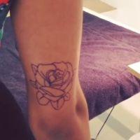 Tal : un nouveau tatouage qui lui fait voir la vie en rose