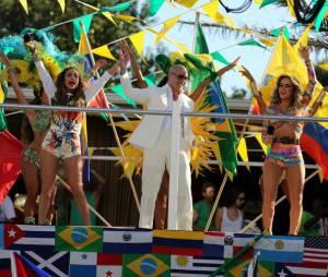 Jennifer Lopez, Pitbull et Claudia Leitte - We are one, le clip officiel de l'hymne de la Coupe du monde 2014
