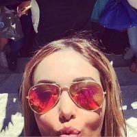 Nabilla Benattia et Thomas Vergara à Cannes : selfie et foule sur la Croisette
