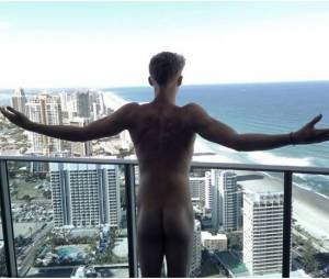 Cody Simpson nu : la photo de ses fesses qui affole la Toile