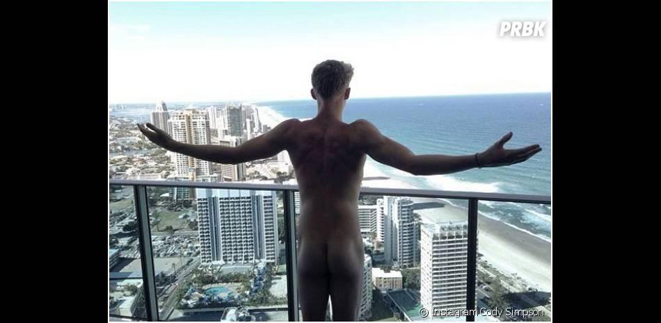 Cody Simpson nu : la photo de ses fesses qui affole la Toile