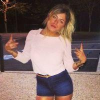 Anaïs Camizuli : après l'accident, elle rassure ses fans sur Twitter