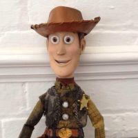 Toy Story dans la vraie vie : Woody cherche son propriétaire.. sur Twitter