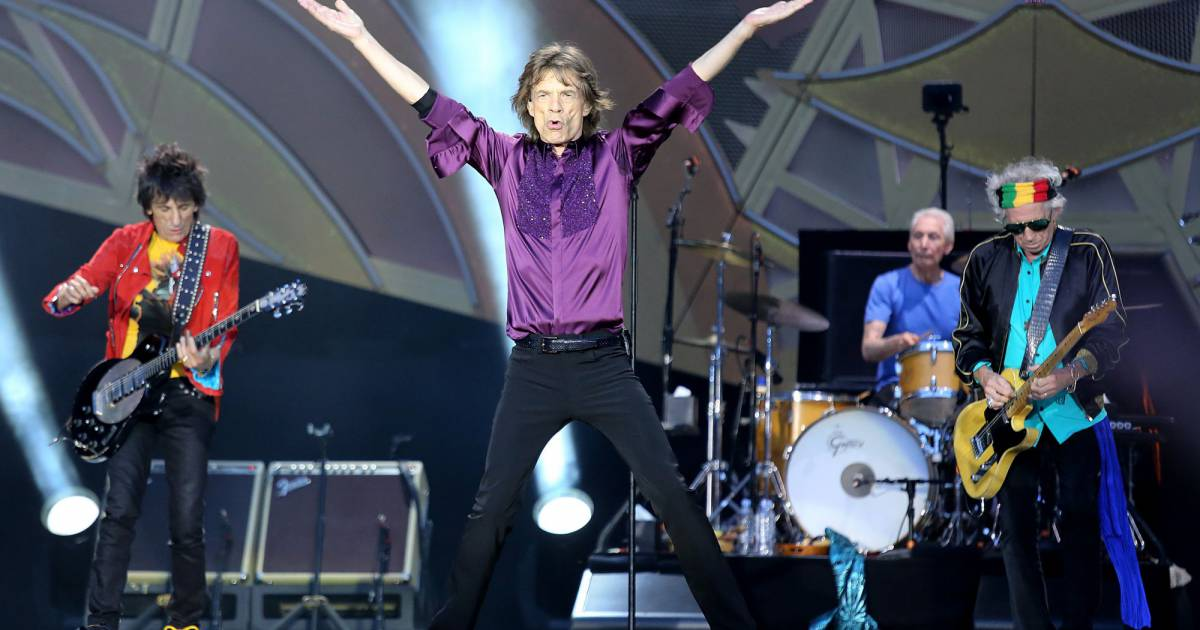 le concert rolling stones enchante le public du stade de france. Black Bedroom Furniture Sets. Home Design Ideas