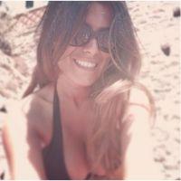 Karine Ferri dévoile ses photos de vacances sexy sur Twitter