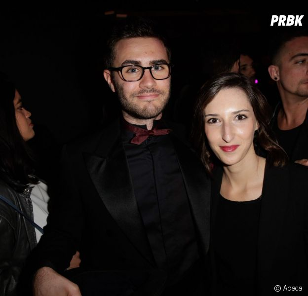 Le Youtubeur Cyprien Iov et sa petite amie Aurélie, lors des Web Comedy Awards, le 21 mars 2014