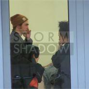 Robert Pattinson à Paris avec FKA Twigs : séance shopping en couple