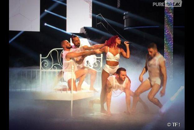 Shy'm hot en lingerie pour L'Effet de Serre dans Danse avec les stars 5, le 15 novembre 2014 sur TF1