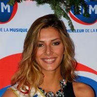 Camille Cerf glamour, Garou décontracté... les stars invitées de la matinale de RFM