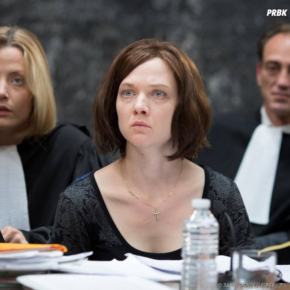 Odile Vuillemin brune sur une photo du téléfilm L'Emprise