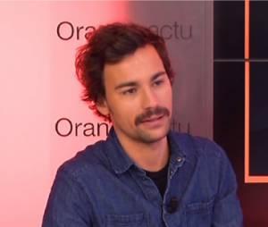 Bertrand Chameroy dans Le Buzz TV d'Orange et TV Mag