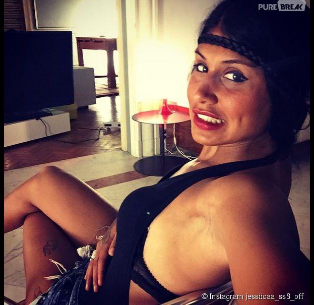 Jessica (Les Anges 7) sexy au Brésil, sur le tournage de la télé-réalité de NRJ 12