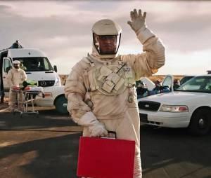 The Signal : Laurence Fishburne sur une photo