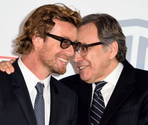 Simon Baker et Nonce Paolini complices, le 6 février 2015 au siège de TF1