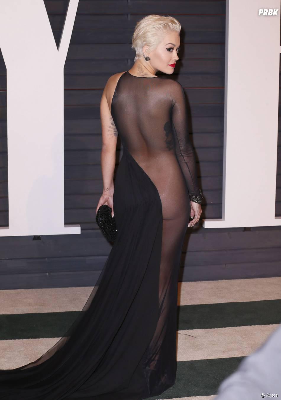 Rita Ora presque nue à l'after party des Oscars 2015 organisée par Vanity Fair le 22 février