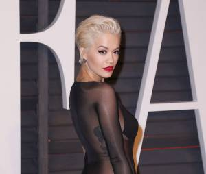 Rita Ora à moitié nue à l'after party des Oscars 2015 organisée par Vanity Fair le 22 février