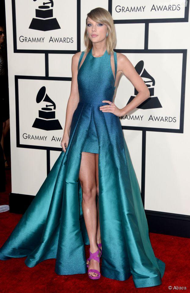 Taylor Swift sur le tapis rouge des Grammy Awards 2015, le 8 février à Los Angeles