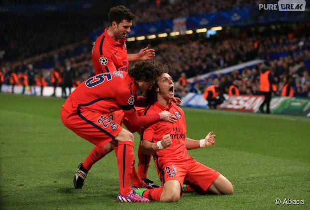 David Luiz, le défenseur du PSG, célèbre son but contre Chelsea, le 11 mars 2015