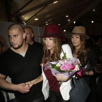 Nabilla Benattia au salon What The F* : des autographes payants pour son grand retour ?