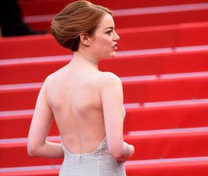 Emma Stone glamour en Dior, le 15 mai 2015 au festival de Cannes