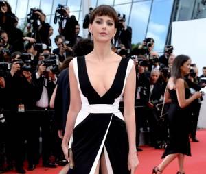 Frédérique Bel sexy sur le tapis rouge, le 15 mai 2015 au festival de Cannes