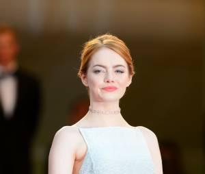 Emma Stone rayonnante sur le tapis rouge, le 15 mai 2015 au festival de Cannes