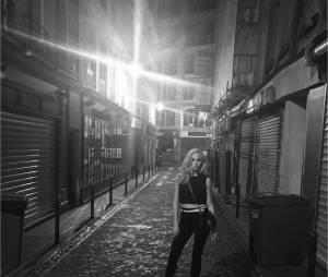 Candice Accola sexy à Paris en mai 2015