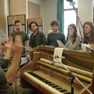 Game of Thrones : quand les acteurs chantent, cela donne une comédie musicale délirante