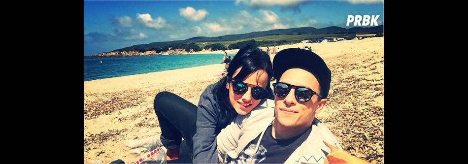 Alizée et Grégoire Lyonnet : photo romantique sur la plage